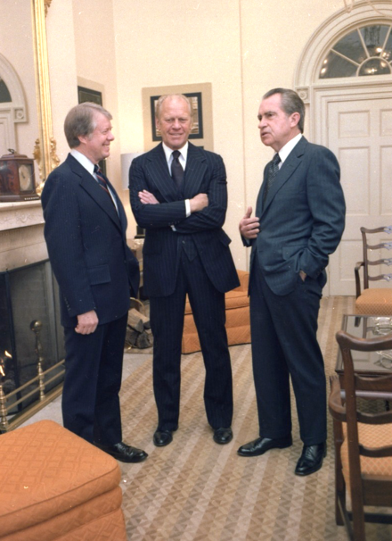 Nixon (right) joins former President Gerald Ford (center) and current President Jimmy Carter (left) at the White House for the funeral of former Vice President Hubert Humphrey, 1978. Jimmy Carter, Gerald Ford and Richard Nixon gather at the White House during funeral for Hubert Humphrey. - NARA - 177599.tif