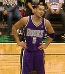 Josh Davis with Bucks in 2005.jpg