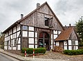 Kötterhaus mit Mikwe Lüdenhausen 01.jpg