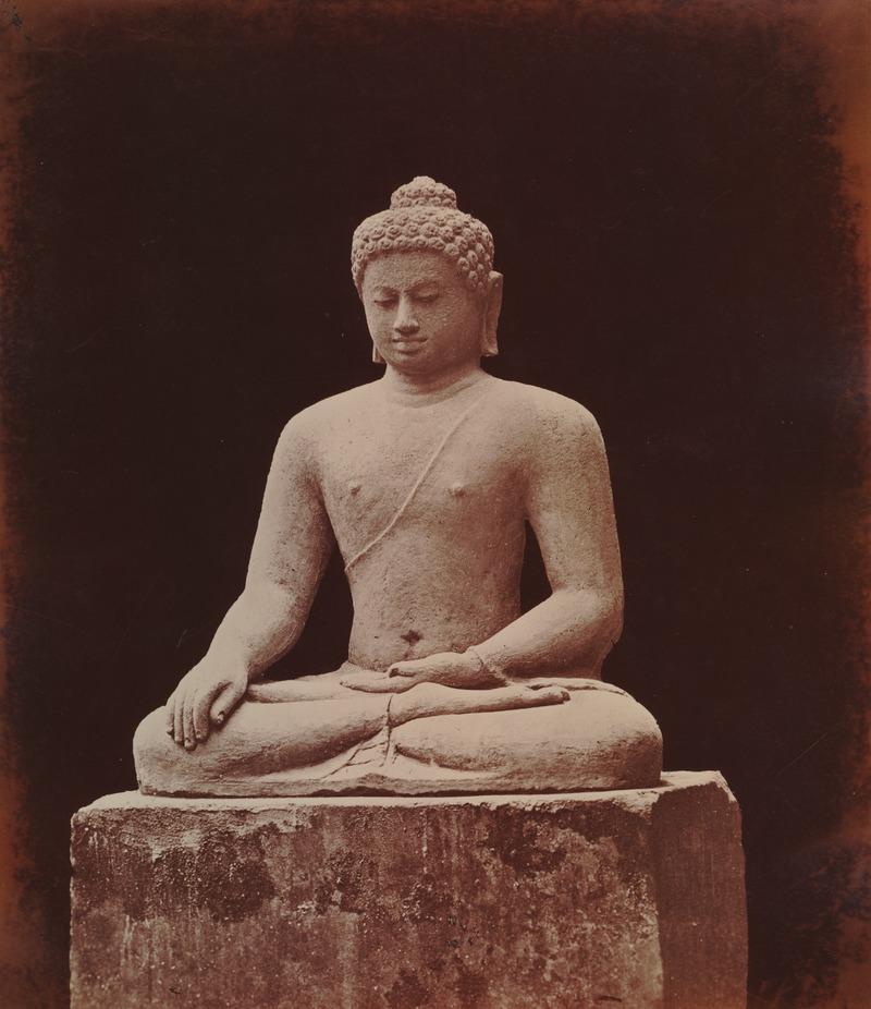 KITLV 90004 - Isidore van Kinsbergen - Buddha of Borobudur near Magelang - Around 1900.tif