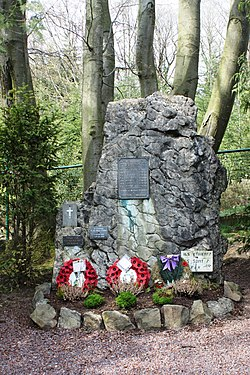 Kanadier Monument Tigelot.jpg