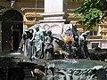 Karl-Borromaeus-Brunnen.JPG