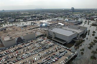 Lakeside Shopping Center - Lakeside in the immediate aftermath Hurricane Katrina