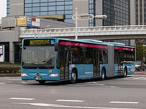 Keisei Bus - A Keisei Bus car in Makuhari New City