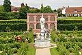 Kenilworth Castle Gardens (9782).jpg