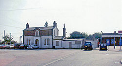 Kirby Cross station geograph-3724035-by-Ben-Brooksbank.jpg
