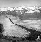 Knik Glacier, valley glacier terminus, August 25, 1964 (GLACIERS 5009).jpg
