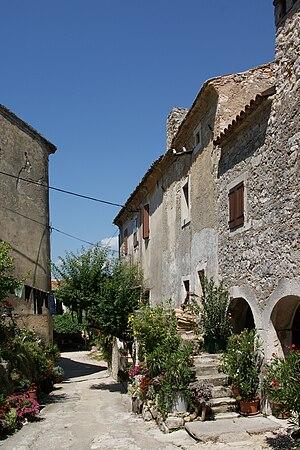 Kršan - Image: Krsan Istria alley