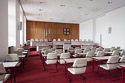 Landtag Schwerin-Plenum und Präsidum.jpg