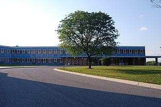 Lansdowne High School - Image: Lansdowne High School Front 2