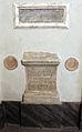 Lastra funebre del II sec., cil vi 8976, ara di un liberto di antonino pio, cil vi 10776 + due bolli laterizi.JPG