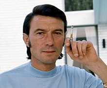 Laurence Harvey Allan Warren (cropped).jpg