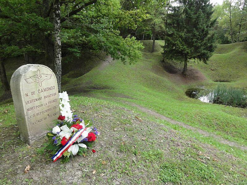 Leintrey (M-et-M) Mémorial les entonnoirs