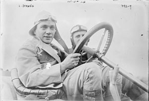 Lewis Strang - Strang at the wheel of his Renault in 1908