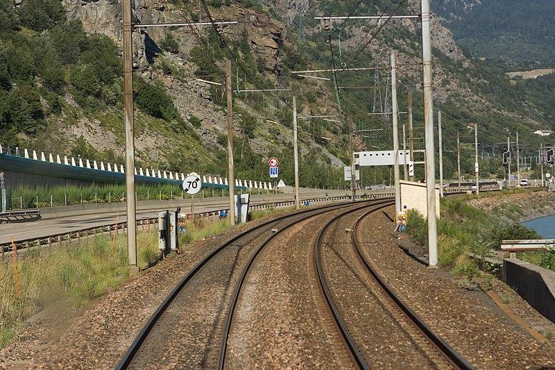 File:Ligne de la Maurienne - de Saint-Avre à Modane - IMG 0299.jpg