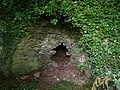Lime kiln near West Ogwell - geograph.org.uk - 905930.jpg