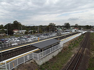 Lindum Railway Station, Queensland, Aug 2012.JPG