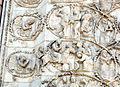 Lorenzo maitani e aiuti, scene bibliche 3 (1320-30) 12 entrata in gerusalemme e flagellazione.JPG