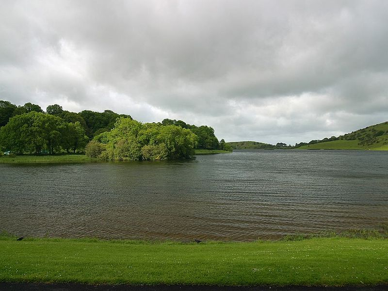 File:Lough gur.jpg