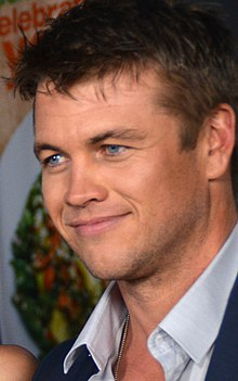 Description de l'image Luke Hemsworth Kill Me Three Times (cropped).jpg.