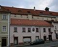 Měšťanský dům U Tří žlutých růží (Hradčany), Praha 1, Pohořelec 11, Hradčany.JPG