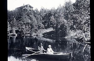 Beinn Bhreagh - Image: Mabel and Alexander Graham Bell rowing in Beinn Bhreagh Harbor 1890s
