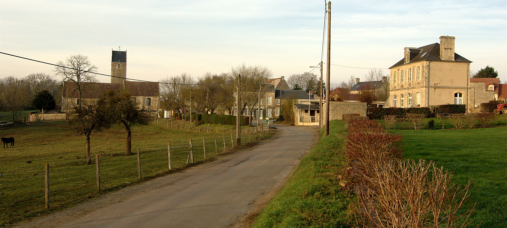 Le bourg de Maizet.