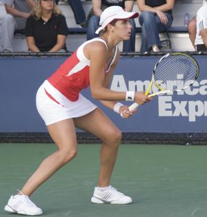 María José Martínez Sánchez - Sánchez playing at the 2009 U.S. Open