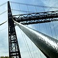Massive cables support the Puente Colgante - panoramio.jpg