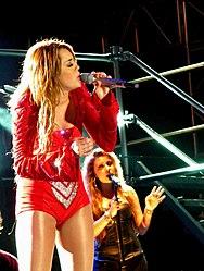 Miley Cyrus - Gypsy Heart Tour - São Paulo 23