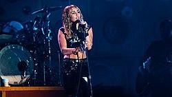 Miley Cyrus Primavera19 -226 (48986293772).jpg