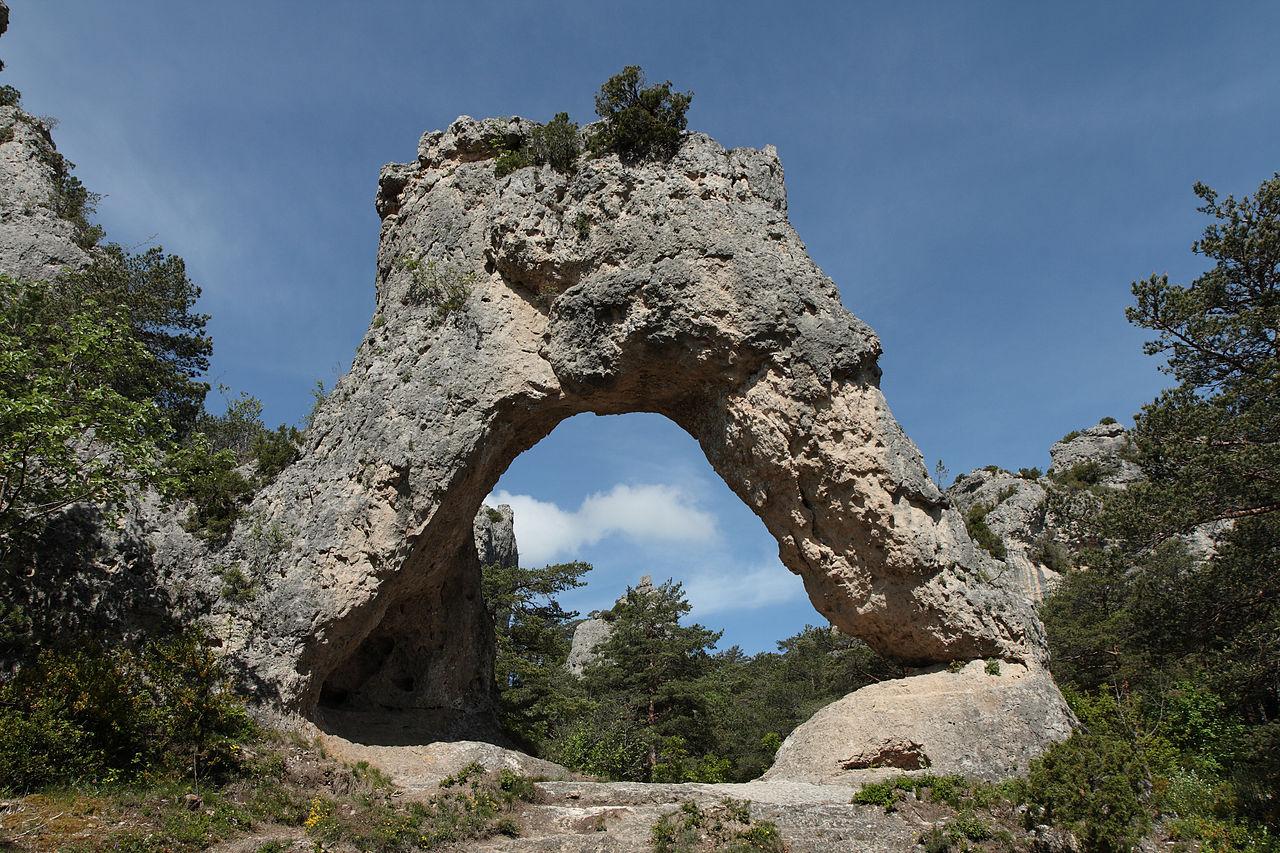 file montpellier le vieux porte de mycene jpg wikimedia commons