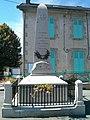 Monument aux morts, La Forêt-du-Temple (face avant, 2015).jpg