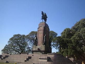 Monument to General Carlos M. de Alvear - Image: Monumento General Carlos María de Alvear
