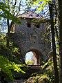 Muráň Castle gate 02.JPG