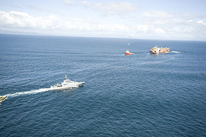NZ Defence Force assistance to OP Rena - Flickr - NZ Defence Force (35).jpg