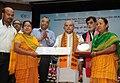 Narendra Singh Tomar conferring the National Awards on the Best Performing Self Help Groups under Deendayal Antayodaya Yojana - National Rural Livelihood Mission (DAY- NRLM), in New Delhi.JPG
