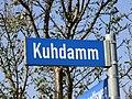 Neubrandenburg Strassenschild Kuhdamm 2010-10-18 131.JPG