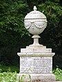 New River Myddleton monument, Great Amwell.jpg