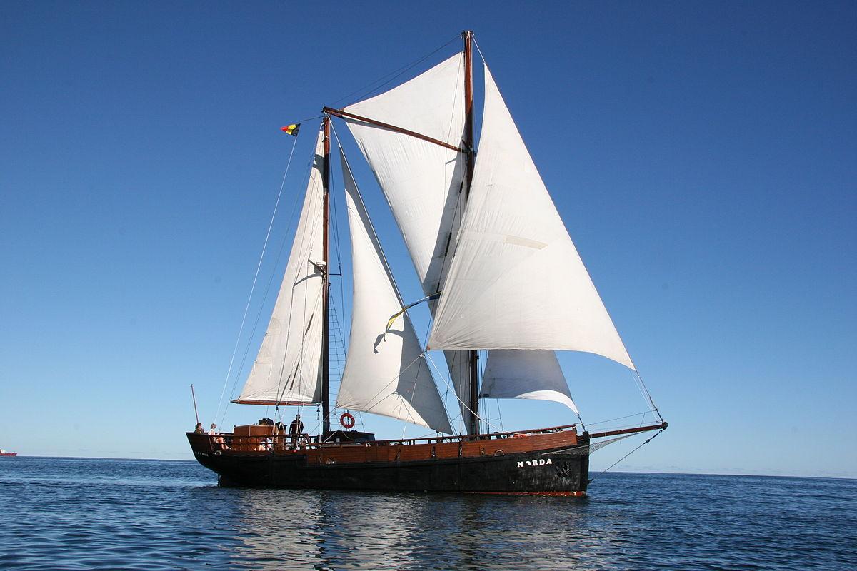 Design Schooner Sail Plan