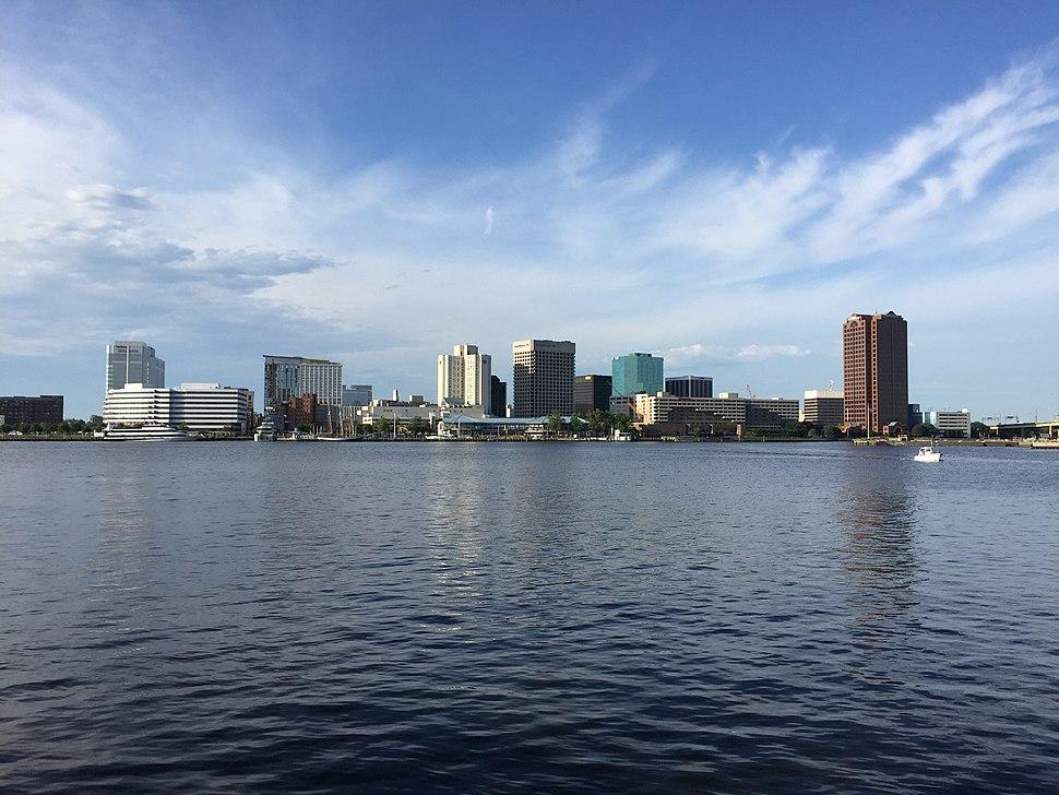 Norfolk, Virginia skyline 2016