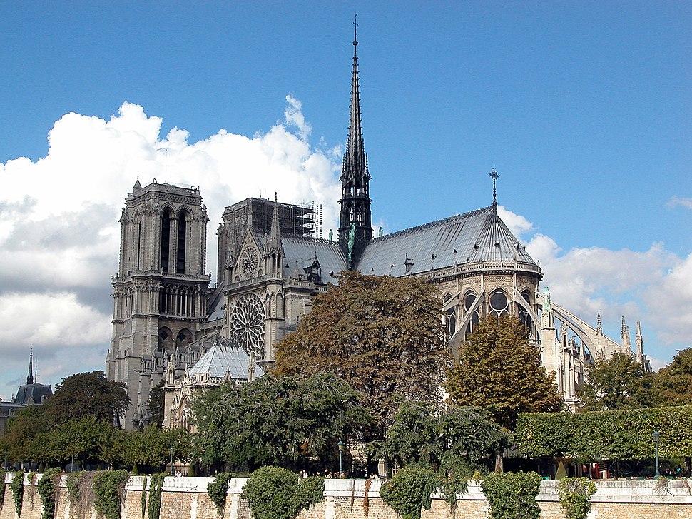 Notre Dame de Paris by day