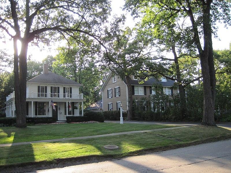 Lake Forest Estate Sales