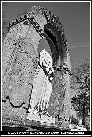 Oakwood Cemetery (Syracuse, New York) - Image: Oakwood cemetery, The Magician's Eye, Syracuse NY, old cemeteries