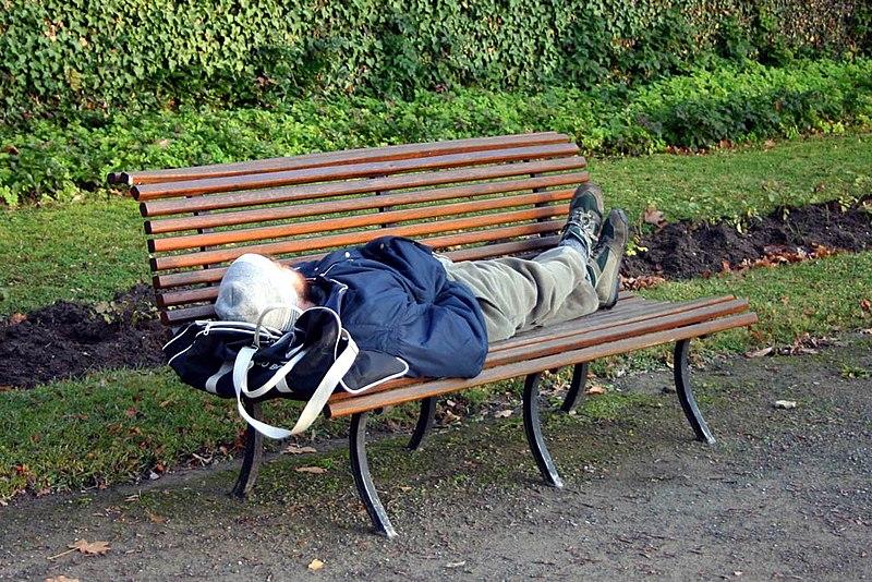 Datei:Obdachloser.jpg