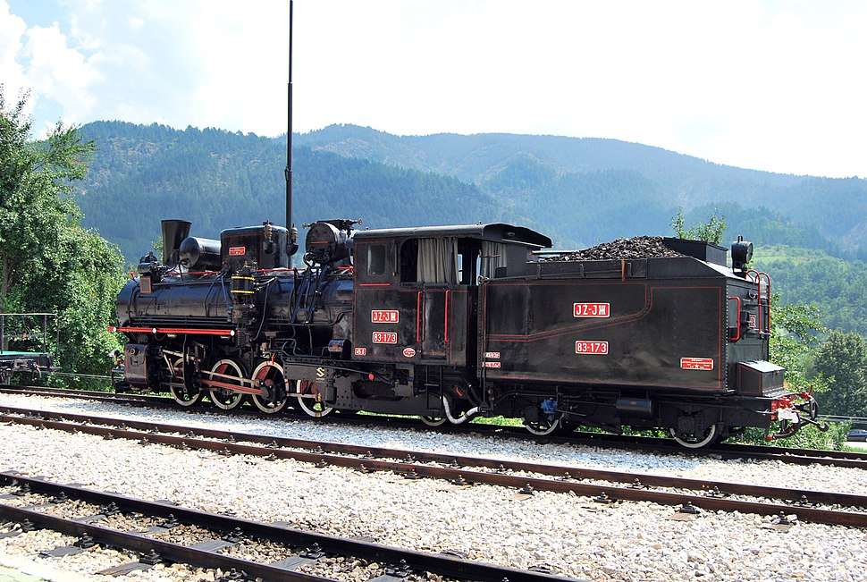 Old locomotive Šarganska osmica