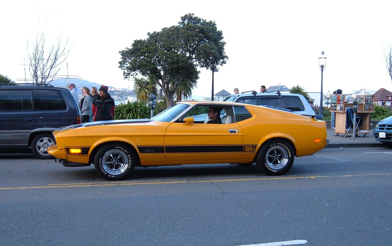File Orange Ford Mustang Mach 1 in addition Bricolage C 75 likewise 348817933615136564 as well Ford u Fuze kits additionally Ford Fiesta Titanium Mas Conectado Que Nunca. on ford audio