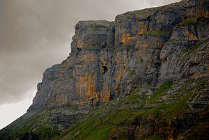 Ordesa National Park Northwest face of Cirque of Soaso.jpg