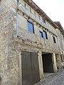 Pérouges - Maison du Cadran Solaire - place de la Halle - vue latérale (7-2014) 2014-06-25 13.25.44.jpg