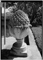 PINEAPPLE ORNAMENT IN GARDEN - Villa Rose, Redington Road, Hillsborough, San Mateo County, CA HABS CAL,41-HILBO,3-7.tif